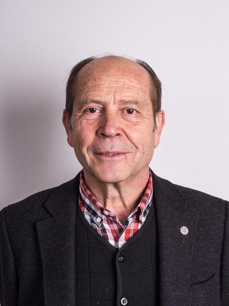 Joan Ramon Bella i Heras (65 anys), president de l'AAVV Quatre - dsc00836